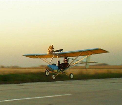 Самый маленький самолет своими руками